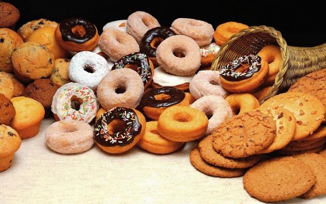 Пончики и другие сладости