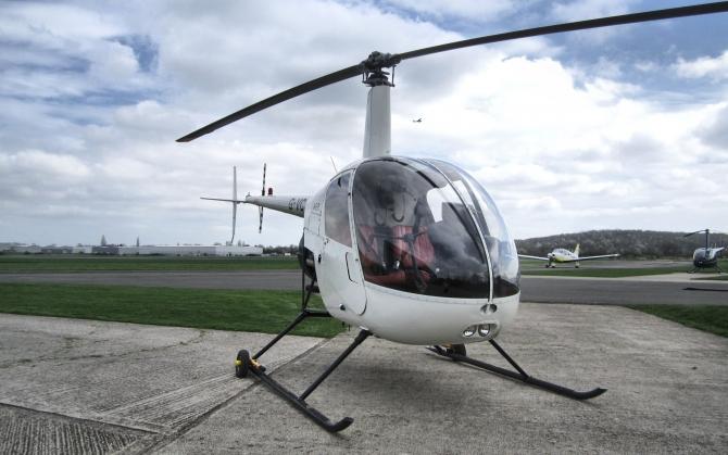 Вертолет Робинсон Р22