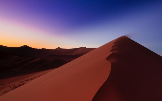 Бархан в пустыне