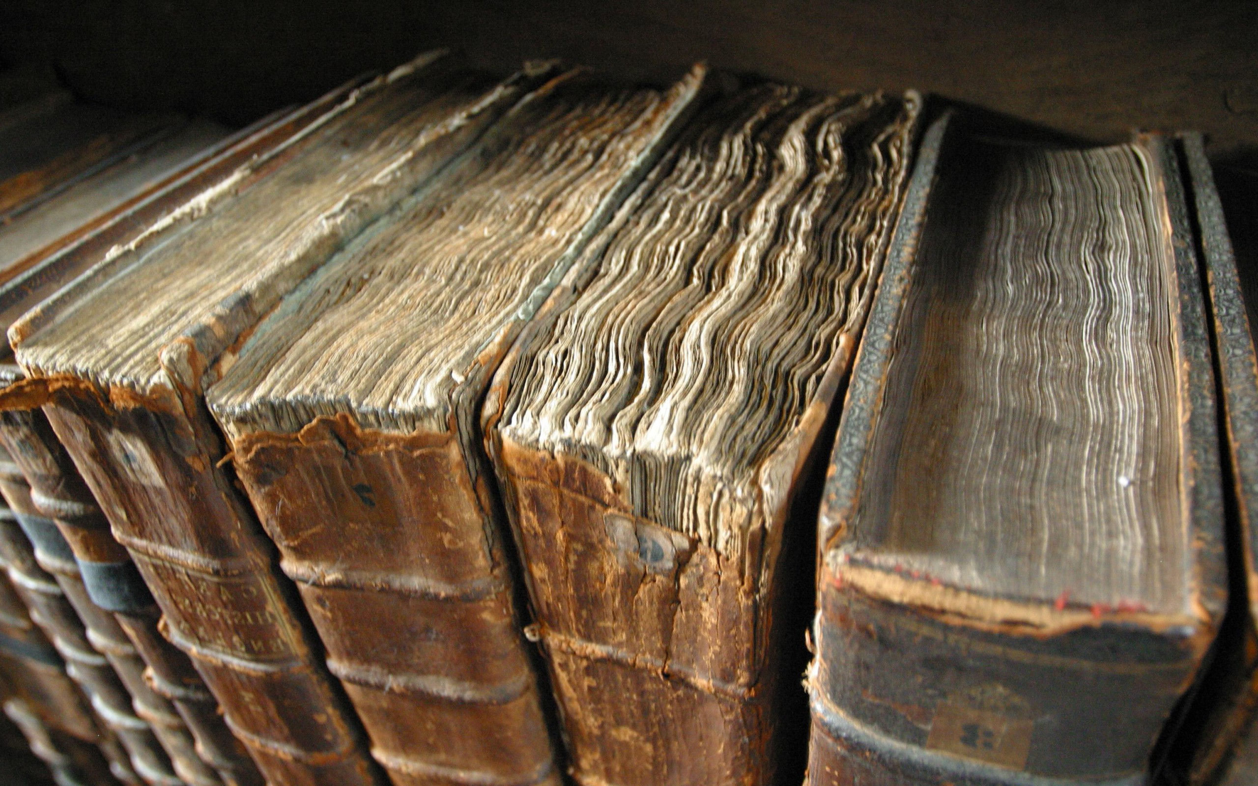 Картинки по запросу древние книг