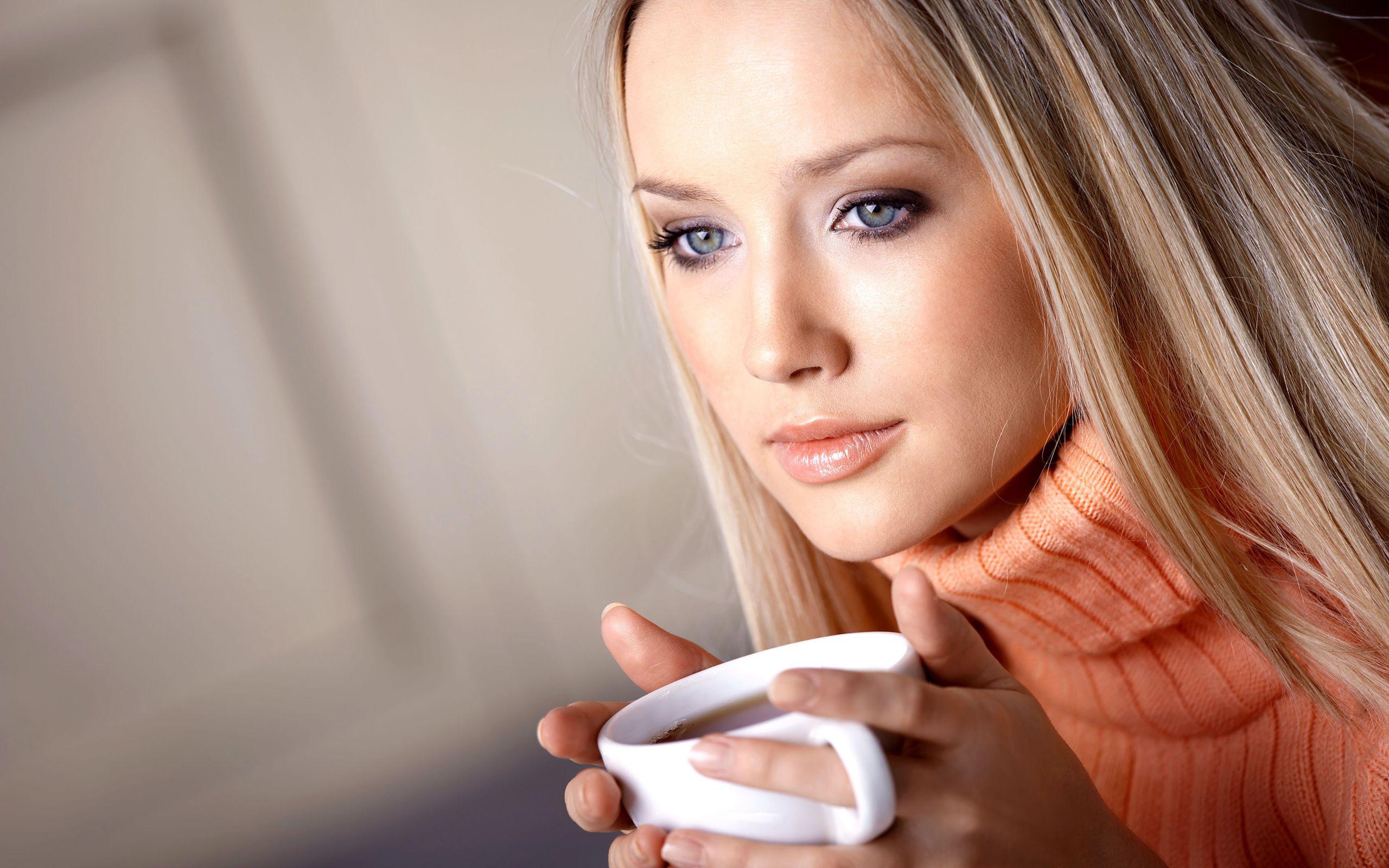 Фото девушек на сайтах 27 фотография