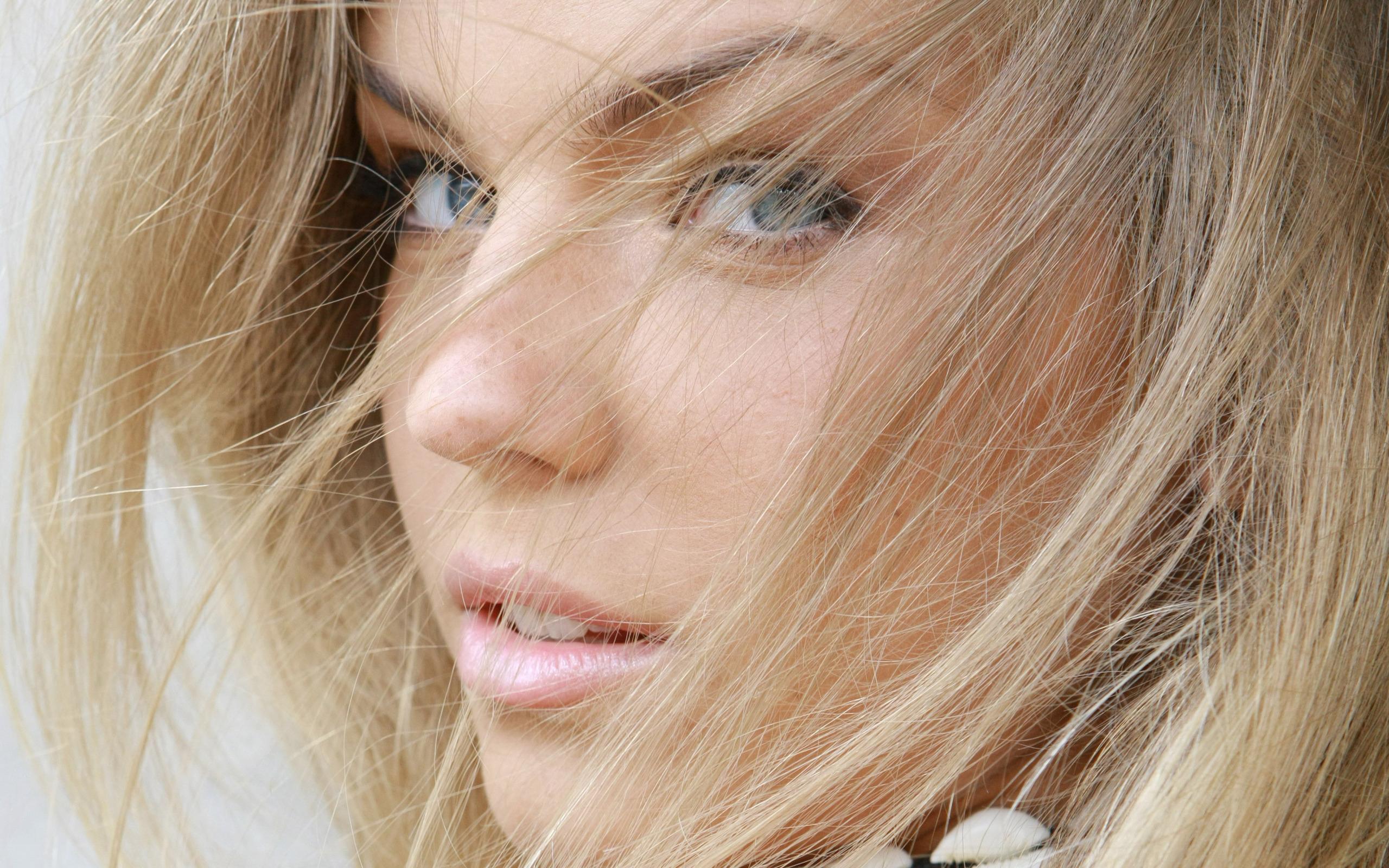 Фото старая блонда 20 фотография