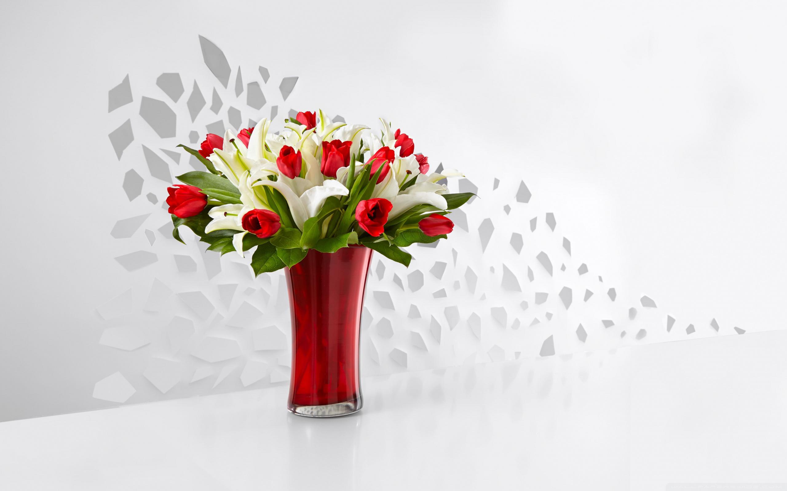 Фото ваза с цветами
