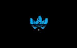 Adidas лого из кросовок