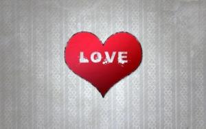 Love в красном сердечке