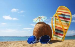 Солнечные очки и Пина колада