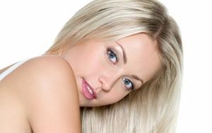 Девушка блонди