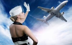 Стюардесса и самолет