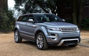 Красивый Range Rover Evoque