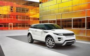 Белый Range Rover Evoque