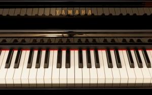 Клавишный музыкальный инструмент Yamaha