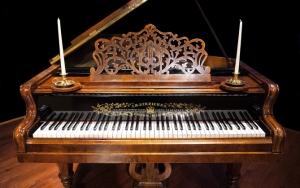 Ретро рояль