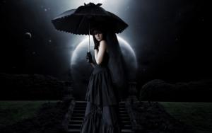 Готичная девушка с зонтом