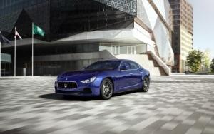 Maserati Ghibli в городе