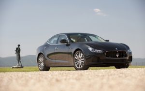 Седан бизнес-класса Maserati Ghibli
