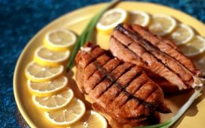 Рыба приготовленная на гриле