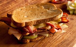 Сэндвич с тостом