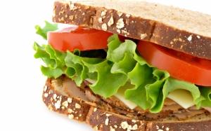 Сэндвич с помидорами