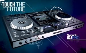 DJ Mixer Numark