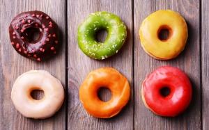 Цветные пончики