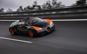 Bugatti Veyron на треке