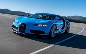 Bugatti Chiron на трассе
