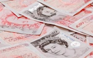 Британские фунты стерлингов
