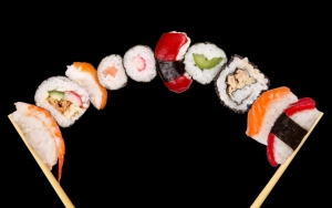 Суши и палочки