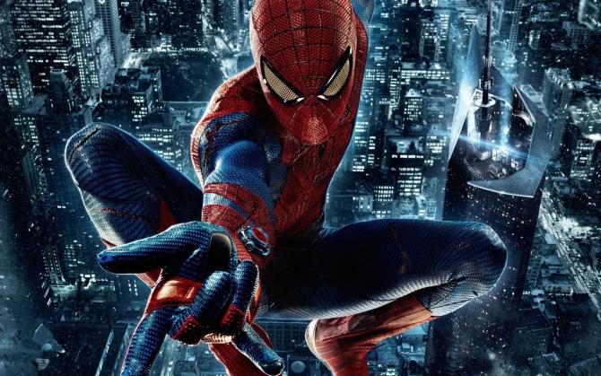 Новый Человек-паук в прыжке