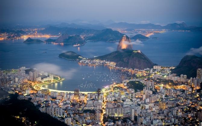 Вид на ночной Рио
