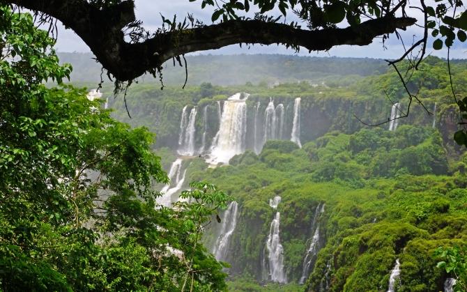 Водопады в Бразилии