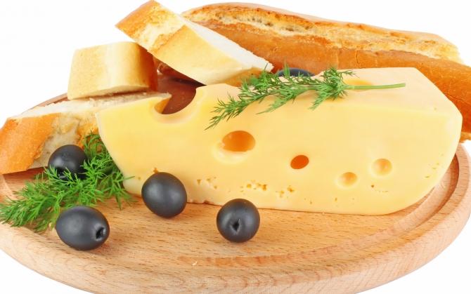 Кусок сыра