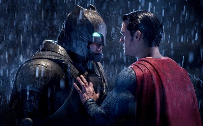 Бэтмен против Супермена 2016