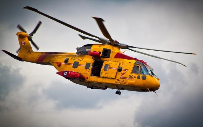 Вертолет канадских спасателей