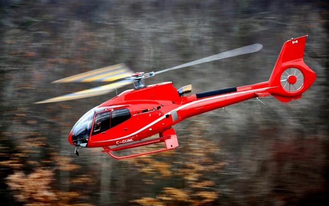 Красный вертолет