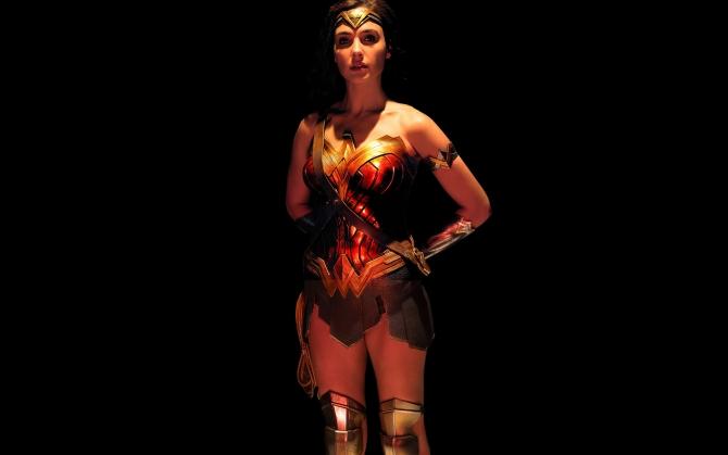 Лига справедливости Чудо-женщина