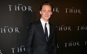 Том Хиддлстон на премьере фильма Тор