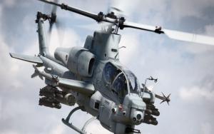 Боевой вертолет AH-1Z Viper