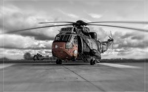 Большой военный вертолет