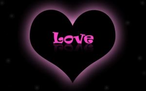 Love в черном сердечке