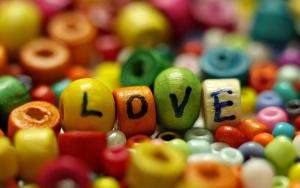 Love из бисера