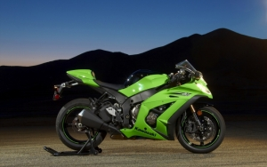 Зеленый Kawasaki Ninja