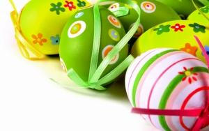 Пасхальные яйца с бантиками