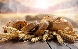 Свежий порезанный хлеб