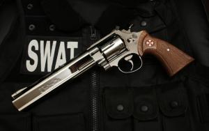 Пистолет Swat