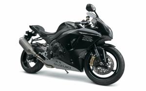 Черный Suzuki GSX