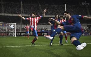 Удар Месси в FIFA 14