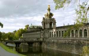 Дворец Цвингер Германия