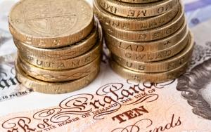 Монеты в один фунт