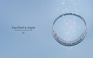 Van Cleef and Arpels украшение